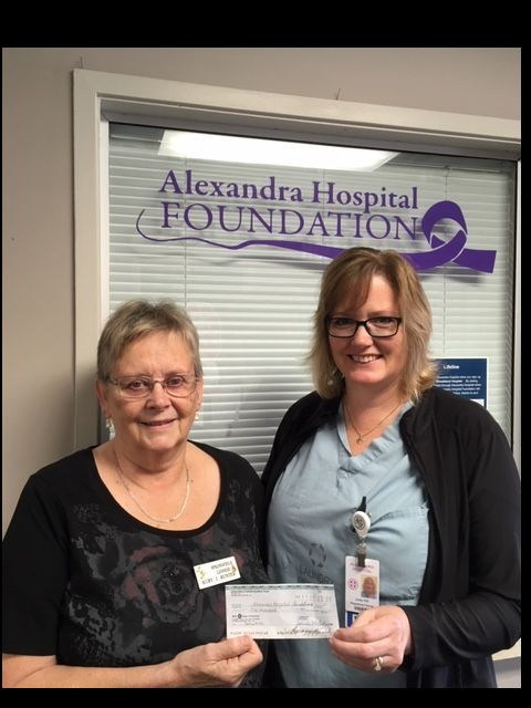 Springfield Lioness Club member Ruby Hunter (left) presents a cheque to Judy Hill RN in the Alexandra Hospital Emergency Department.  Thye funds will be used to purchase new medical equipment.